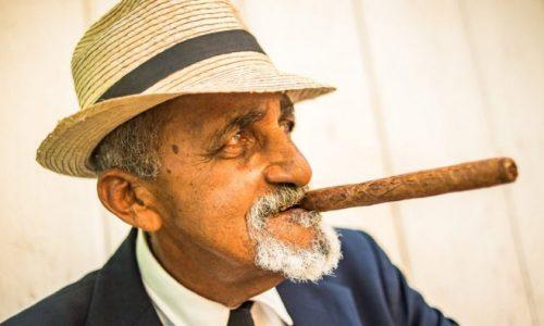 Thú chơi xì gà không chỉ là thú vị ……!