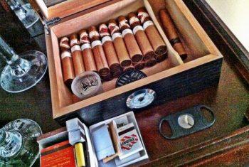 Hút xì gà thú chơi xa xỉ và tinh tế của giới thượng lưu