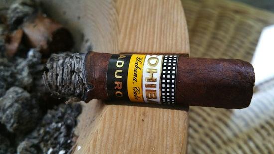 Tham khảo giá bán xì gà Cohiba Maduro 5 chính hãng Habanos